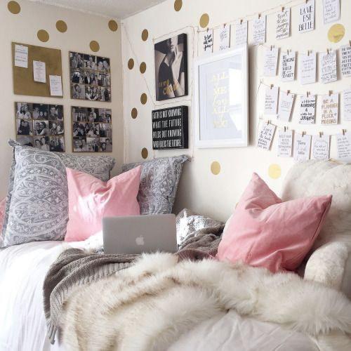 10 ways to make your dorm room more cozy