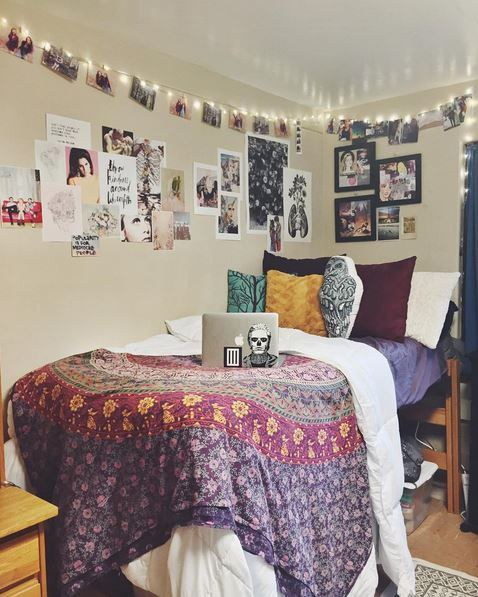 12 ways to get a pinterest worthy dorm room for Cool ways to decorate your apartment