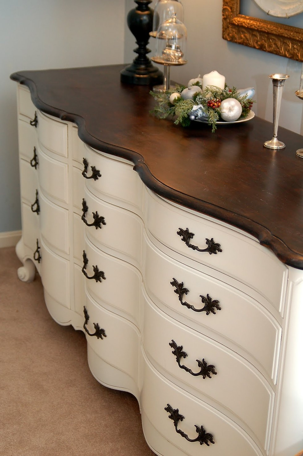 Before and afters dresser makeover with paint the snug - Before and after old dressers makeover with a little paint ...