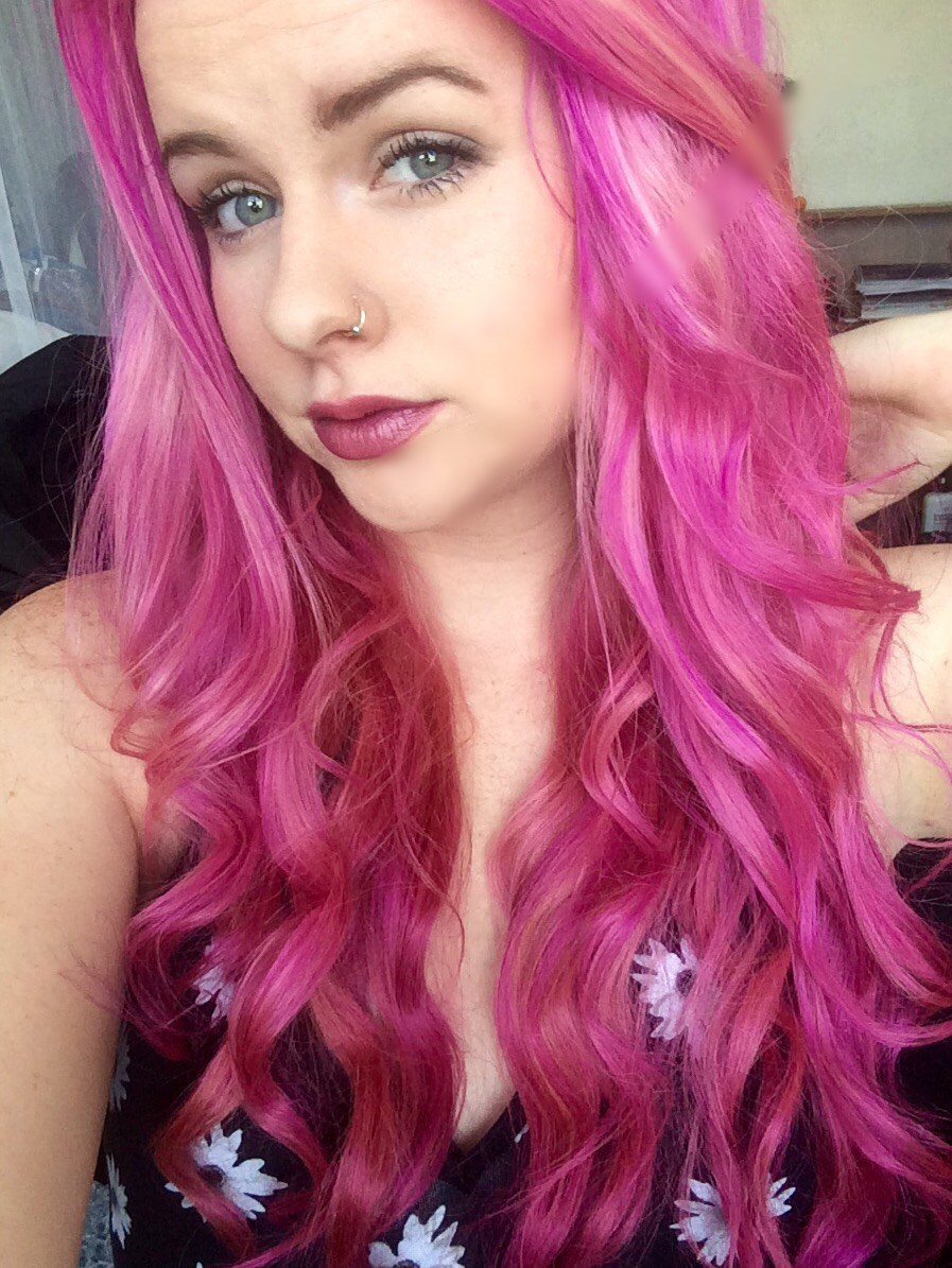 The Weird Things That Happened To Me After Dying My Hair Pink