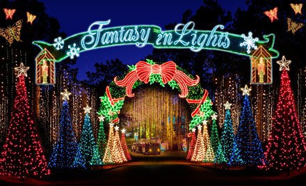 8 Places To See Christmas Lights In Georgia
