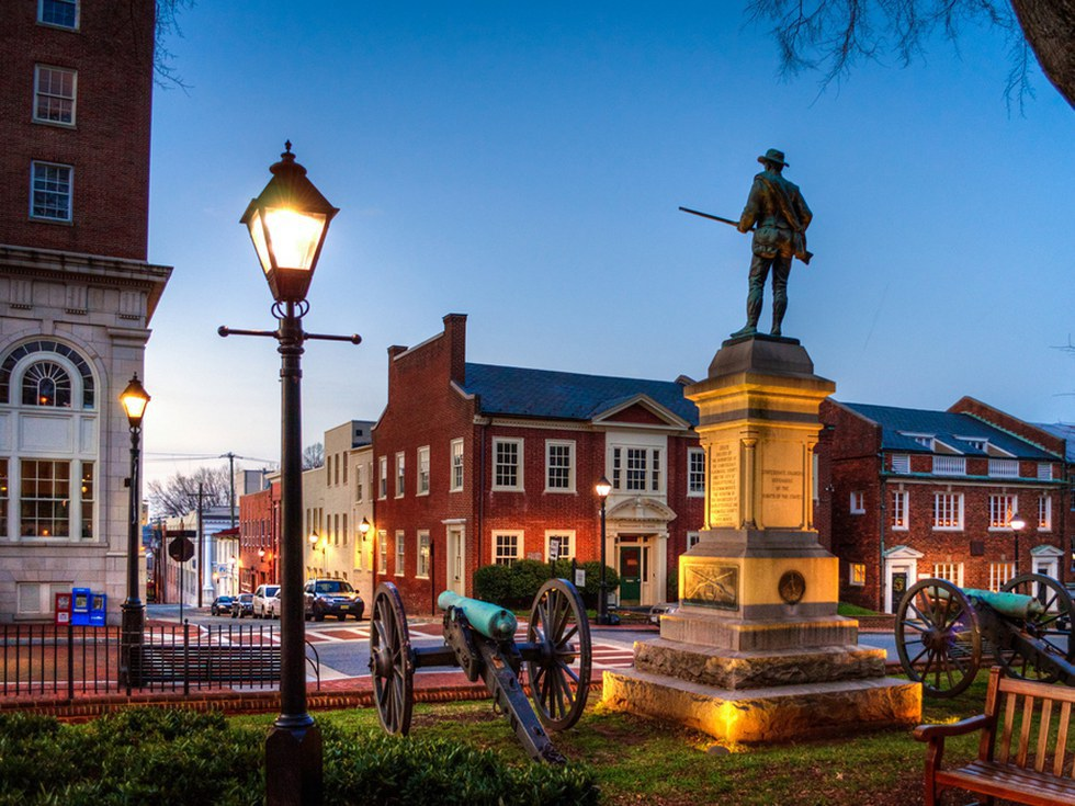 Best Places To Live Between Mountains And Beach In Virginia
