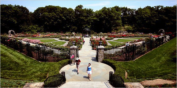 The New York Botanical Garden Is Great If Youu0027re Looking For An All Day  Trip. Head Up To The Bronx, And You Can Spend Your Whole Day Exploring The  28 ...