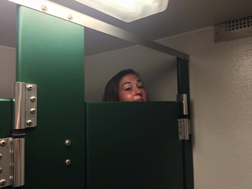15 things only tall girls will understand for Bad stuff happens in the bathroom