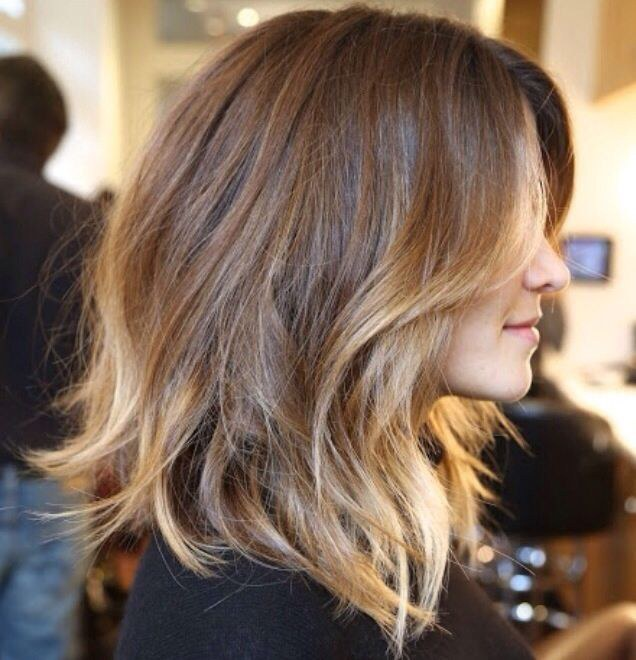 The Beautiful Hint Of Blonde At Ends Golden Brown Hair Adds Perfect Touch