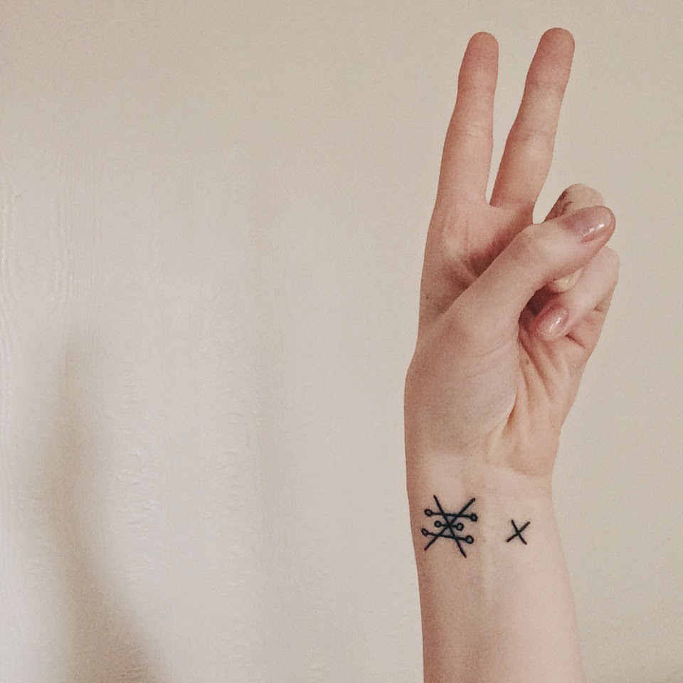 9 tattoos for 2016 the alchemy symbol for copper which also means love balance feminine beauty and artistic creativity buycottarizona Choice Image