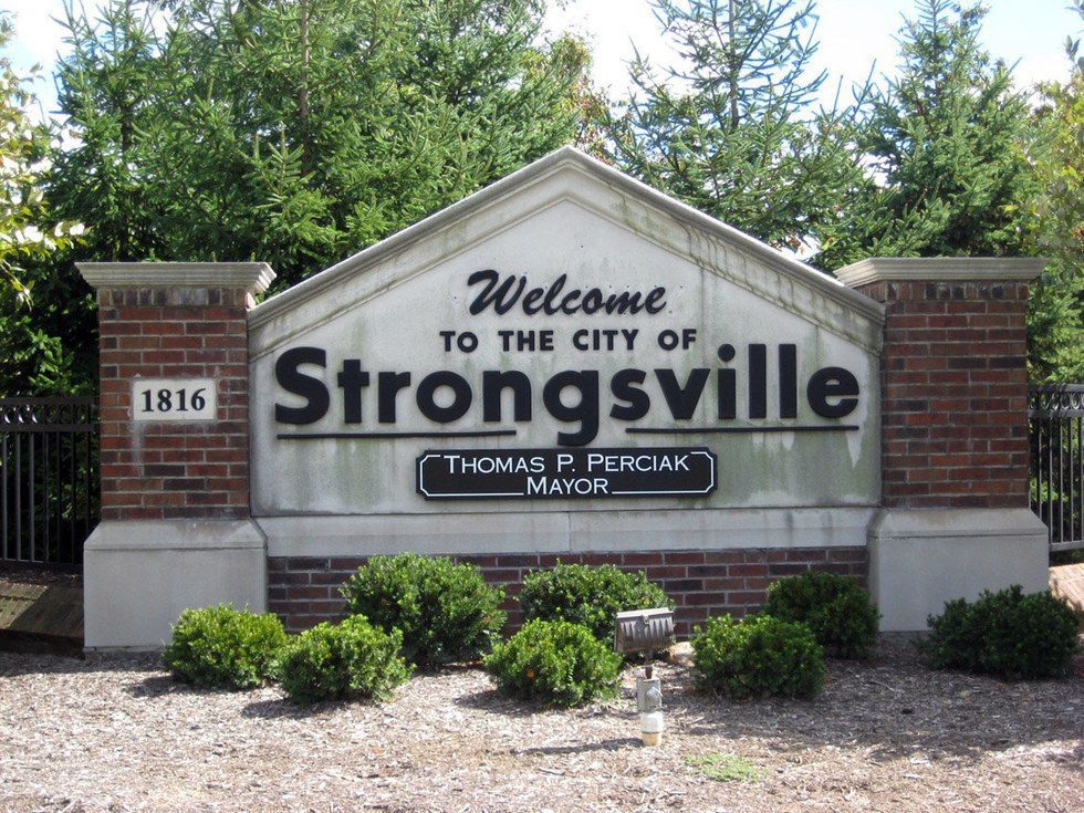 strongsville men Visit your local dsw designer shoe warehouse at 18315 southpark center in strongsville, oh to find your favorite brands and the latest shoes and accessories for women and men at great prices.