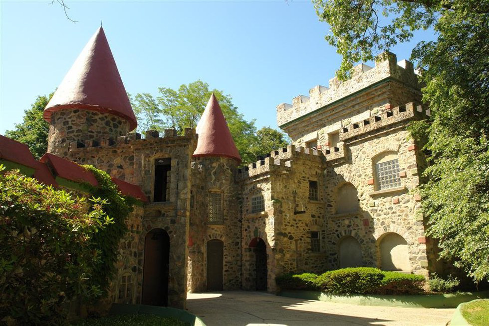 Brandeis Is Known For Its Iconic, Livable Castle On Campus, Usually Serving  As A Dorm For Sophomores. Rumor Has It That An Architect Built The Castle  From ... Part 63