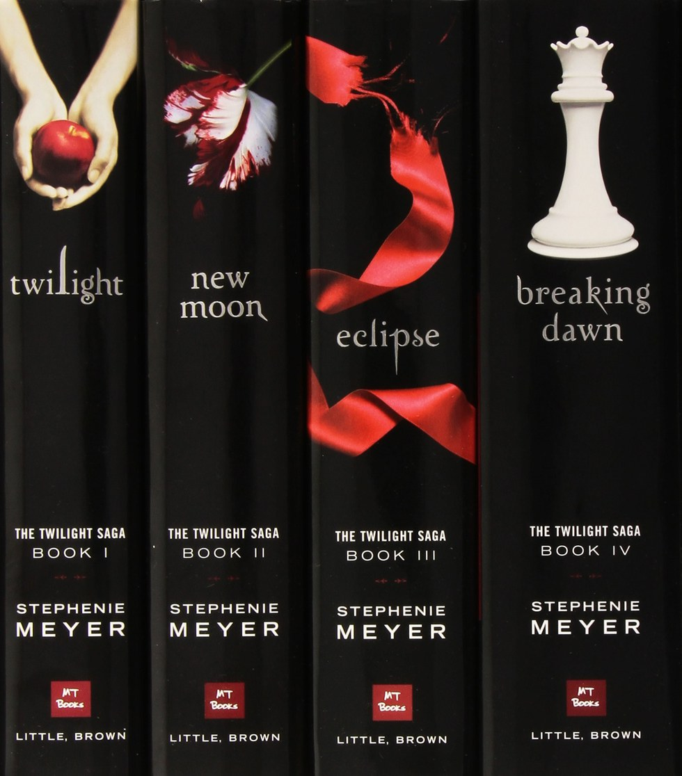is stephenie meyer writing another twilight book
