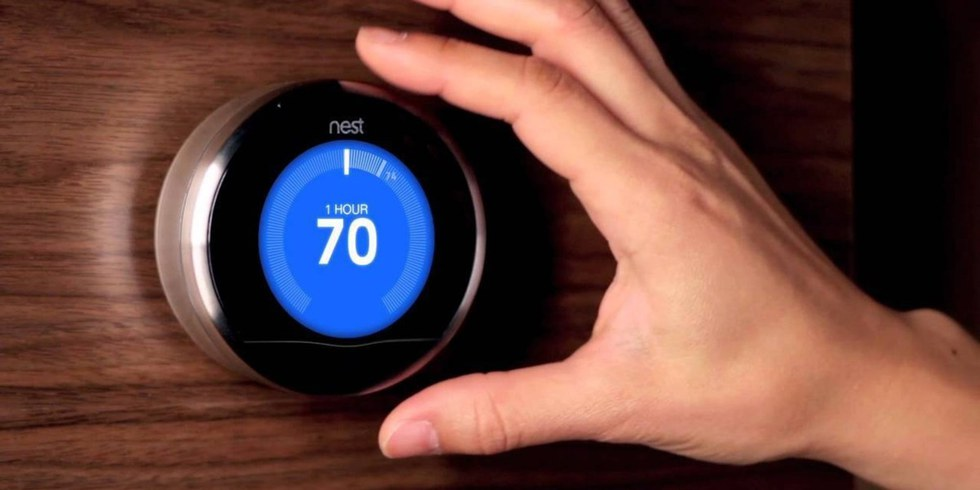 A thermostat that alerts you if the temperature is getting cold enough to be dangerous? Meet Nest.