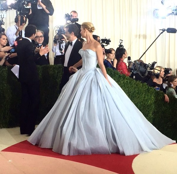 Game Over! Claire Danes Just WON The Met Gala Red Carpet