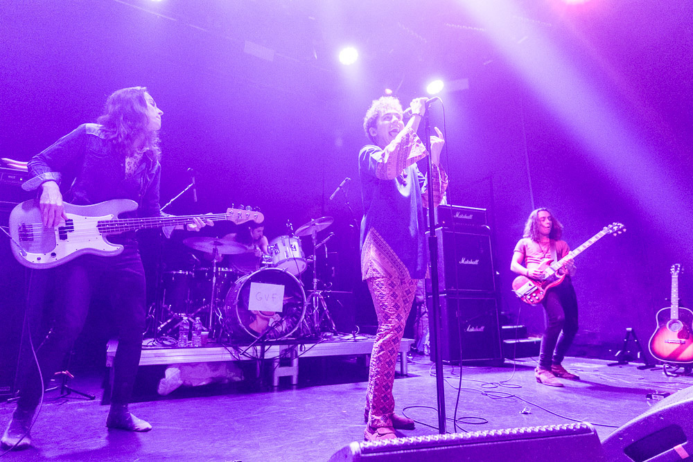 As Brothers We Stand : An Interview with Greta Van Fleet