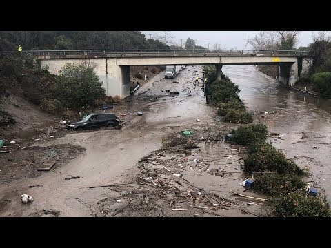 photo image California Mudslides Kill 15 in Areas Wrecked by Wildfires