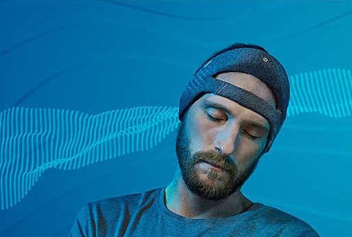 Philips SmartSleep headset on a man sleeping.