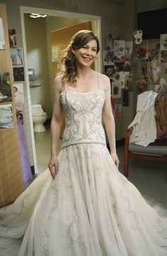 The Dress Is Beautiful Meredith Looks Gorgeous But You Can Tell Its Not