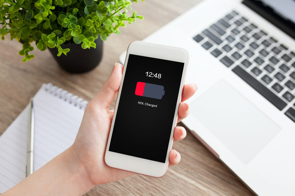 Next iOS Update Will Disable Power Management Feature, Fix iPhone Performance