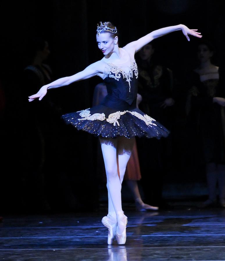 Colorado Ballet S Swan Lake: Pittsburgh Ballet Theatre's Julia Erickson Is Retiring