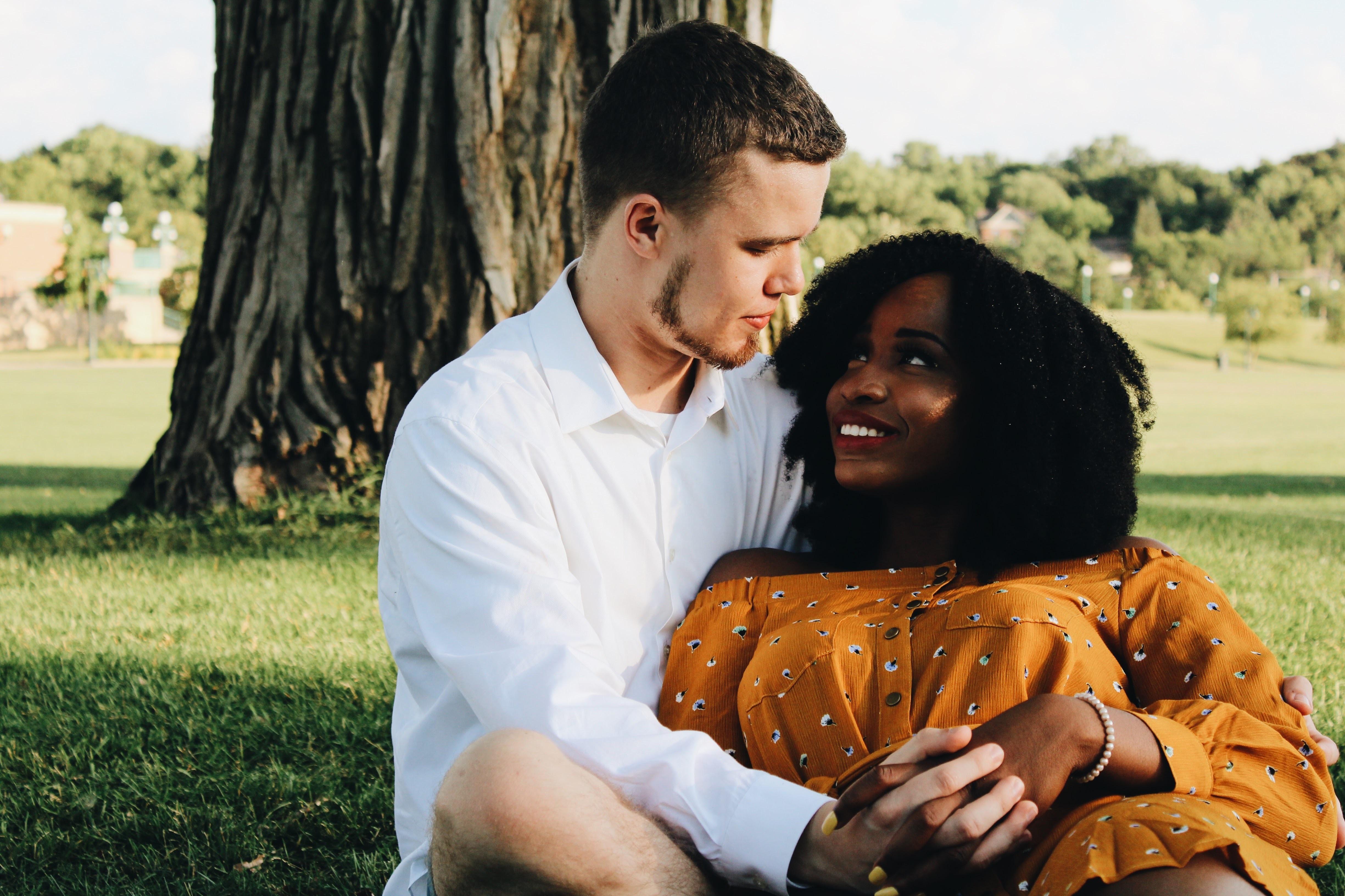 interracial dating College campussen handelen als dating, maar niet