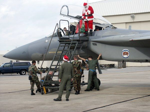 how does santa do it f 15 eagle photo us air force - Airplane Christmas Cards