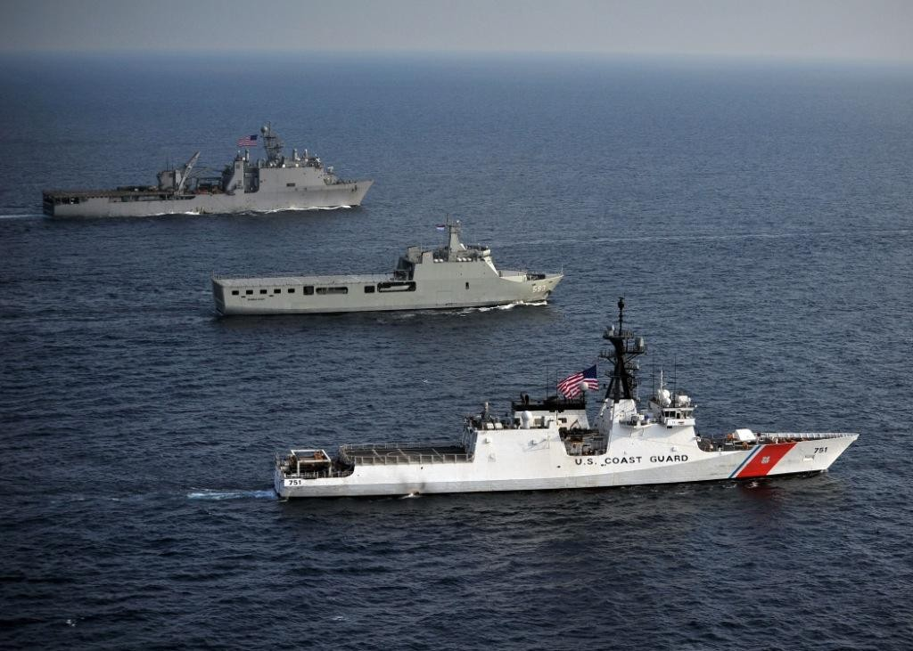 5 differences between the Navy and Coast Guard - We Are The