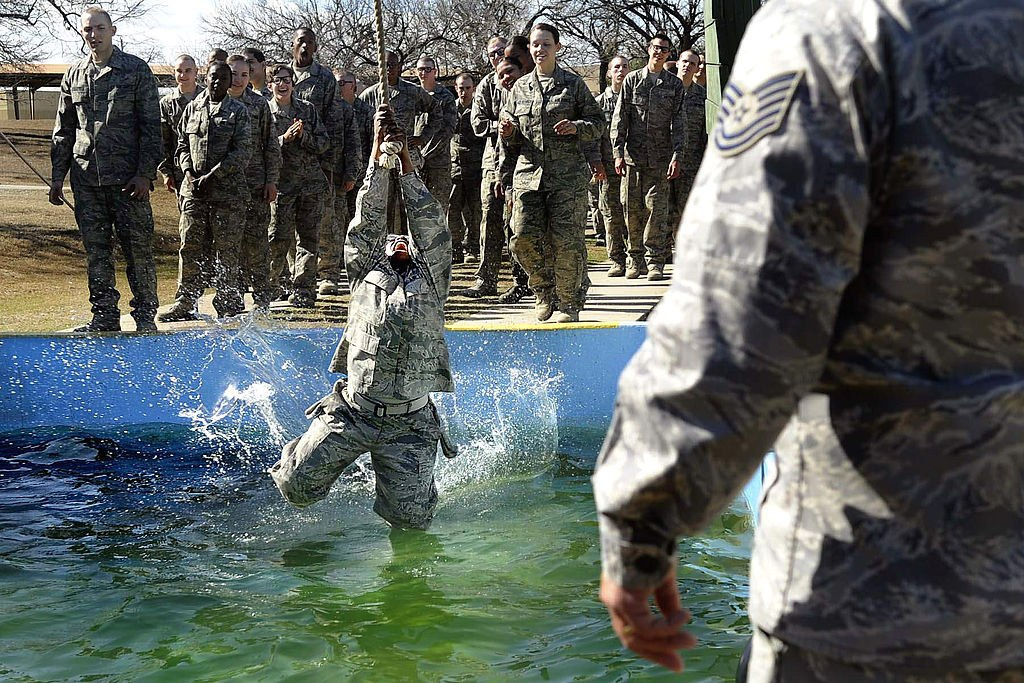 What Is The Air Force >> Here S What Training Is Like For The Air Force S Most Elite