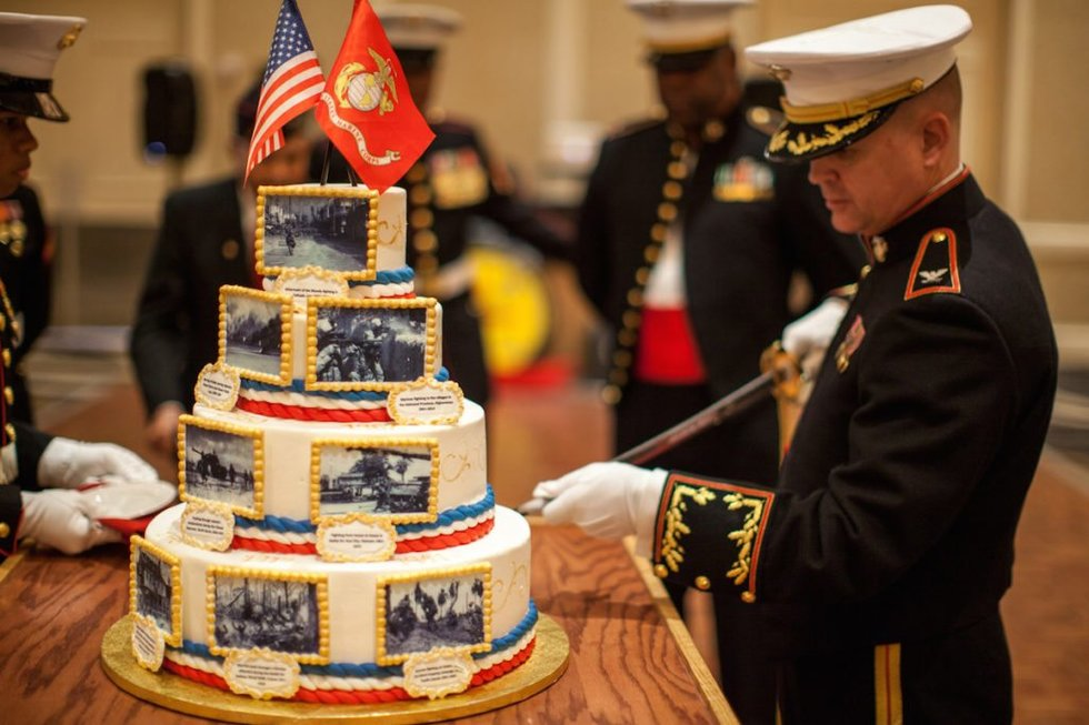 5 Traditions Youll See At The Marine Corps Ball We Are The Mighty