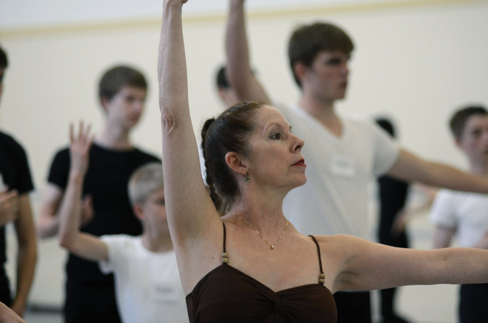 b3bd9c16e Fashionably Late  Advice for Ballet s Late Starters - Dance Spirit