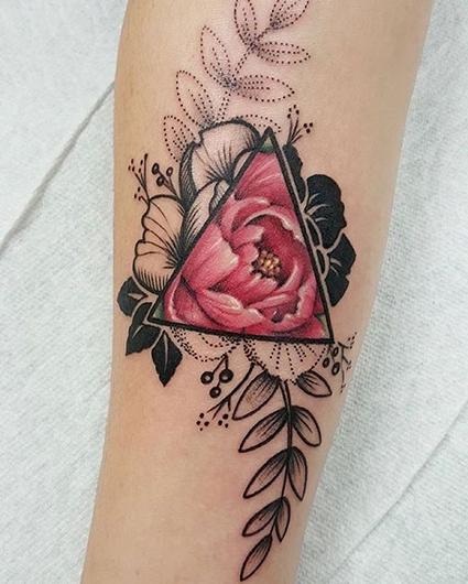 c7dc89bbf15c5 Flower Tattoos - WOW Photos