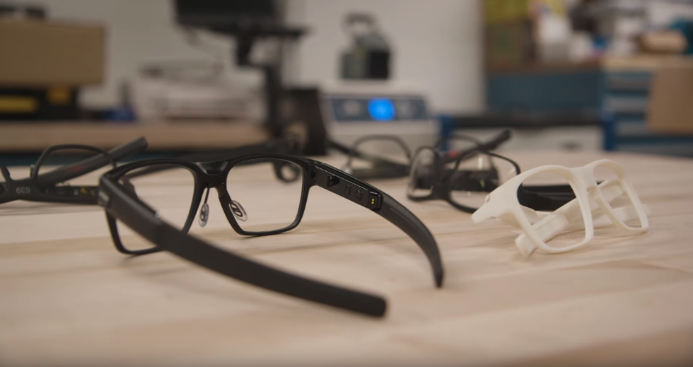 Intel Plans to Shut Down Smart Glasses Group
