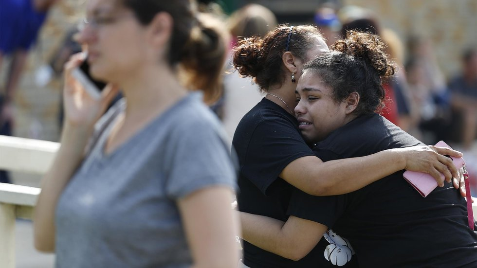 school shootings must stop An ongoing washington post analysis has found that more than 150,000 students attending at least 170 primary or secondary schools have experienced a shooting on campus since the columbine high.
