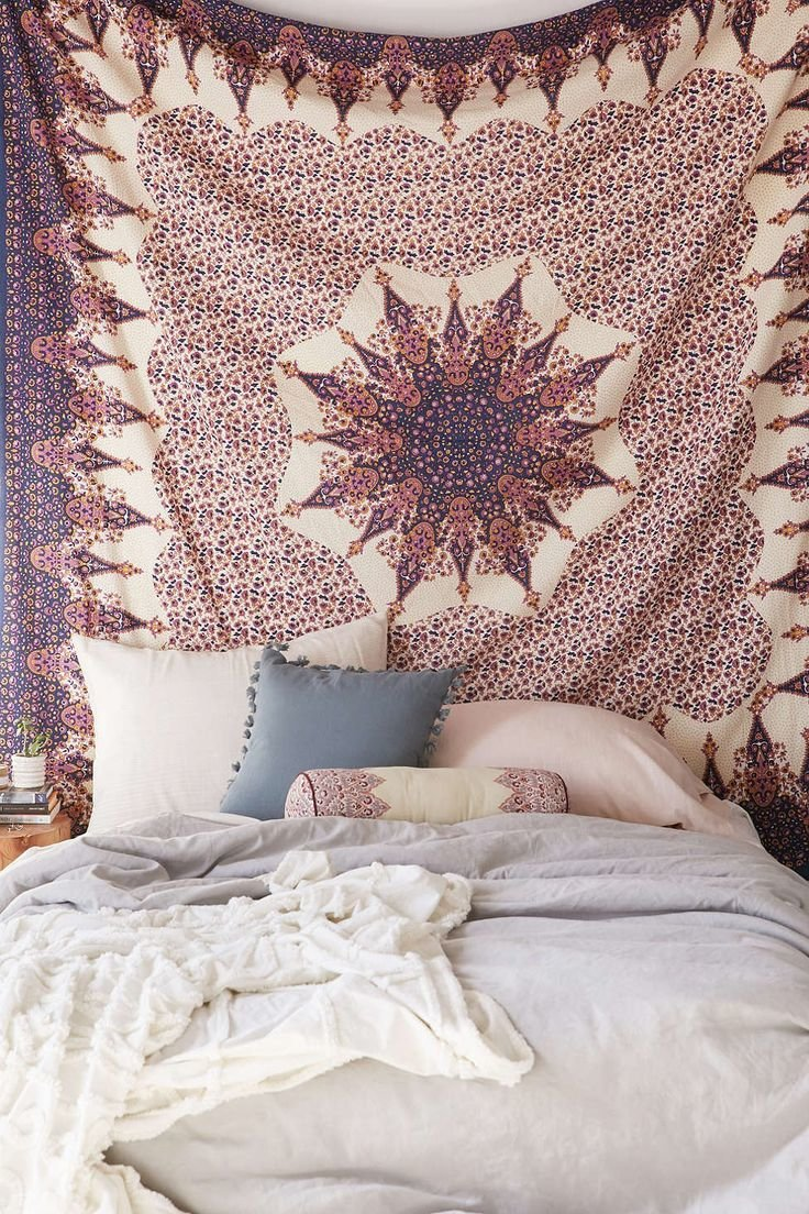 good How To Make Your Bedroom Tumblr Part - 10: Tapestries are a great way to bring color into an otherwise simple room.  Many Tumblr rooms are very minimalist and tapestries are the main accent.