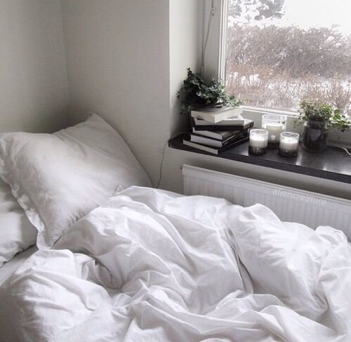 For Me This Is The Least Practical Thing On List I Am More Than Likely To Get White Bedding Dirty But So Many Tumblr Rooms Have That Looks