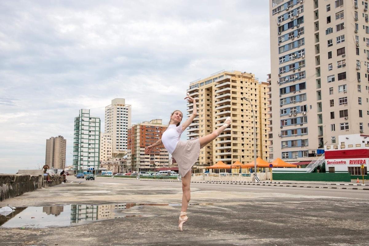Catherine Conley ist jetzt Mitglied des Nationalballetts von Kuba. Foto (C) Riley Robinson