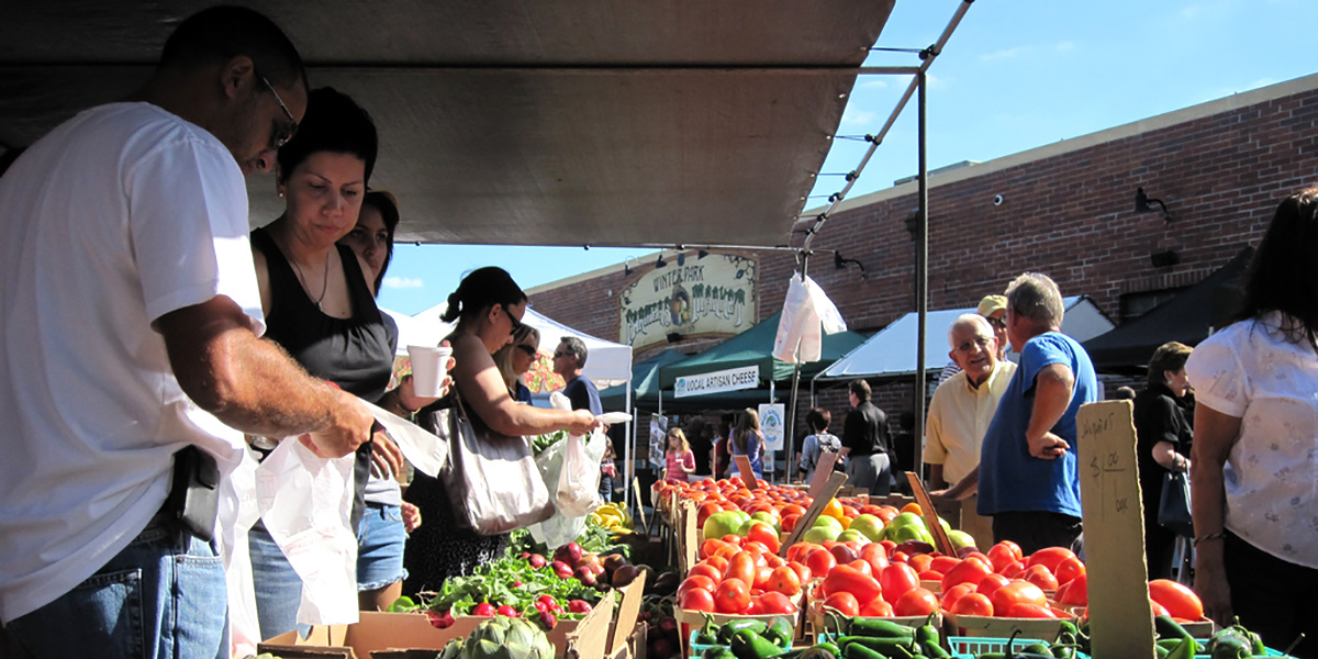 photo image Across the United States, Local Food Investments Link Harvest to Health