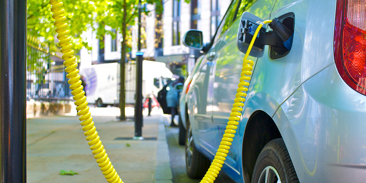 photo image Rapid Rise of UK Electric Vehicles Sees National Grid Double Its 2040 Forecast