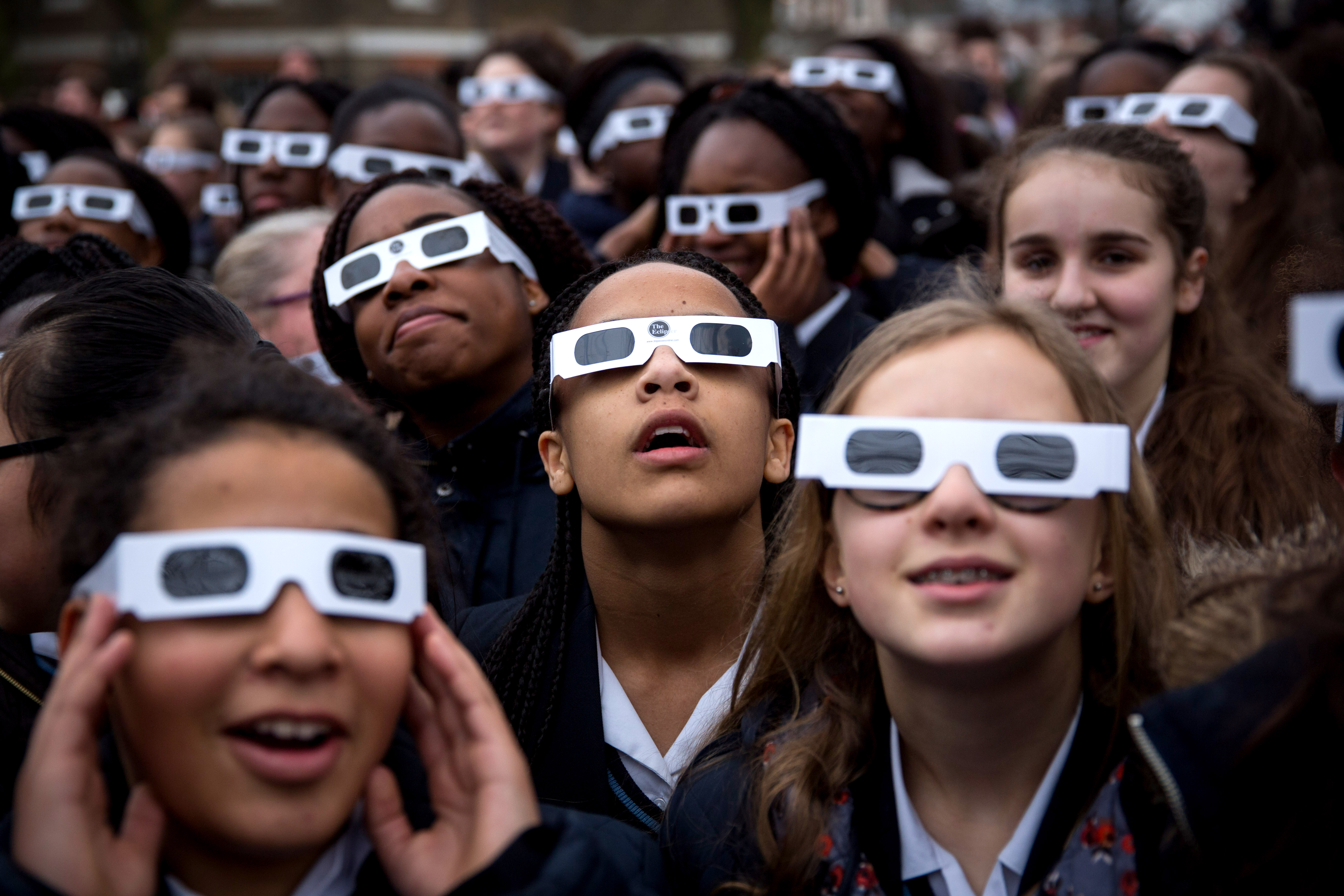 This Is Why You Need To Wear Special Glasses Before You Stare At A Solar Eclipse Big Think