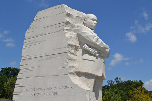 Review And Images Of The Martin Luther King Memorial Washington