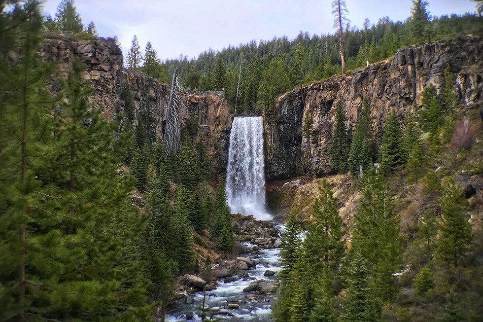Deschutes National Forest toward Bend, Oregon
