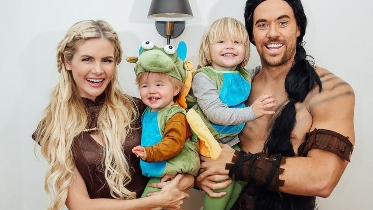 40 Halloween costume ideas the whole family will love - Motherly 70fb9fa17