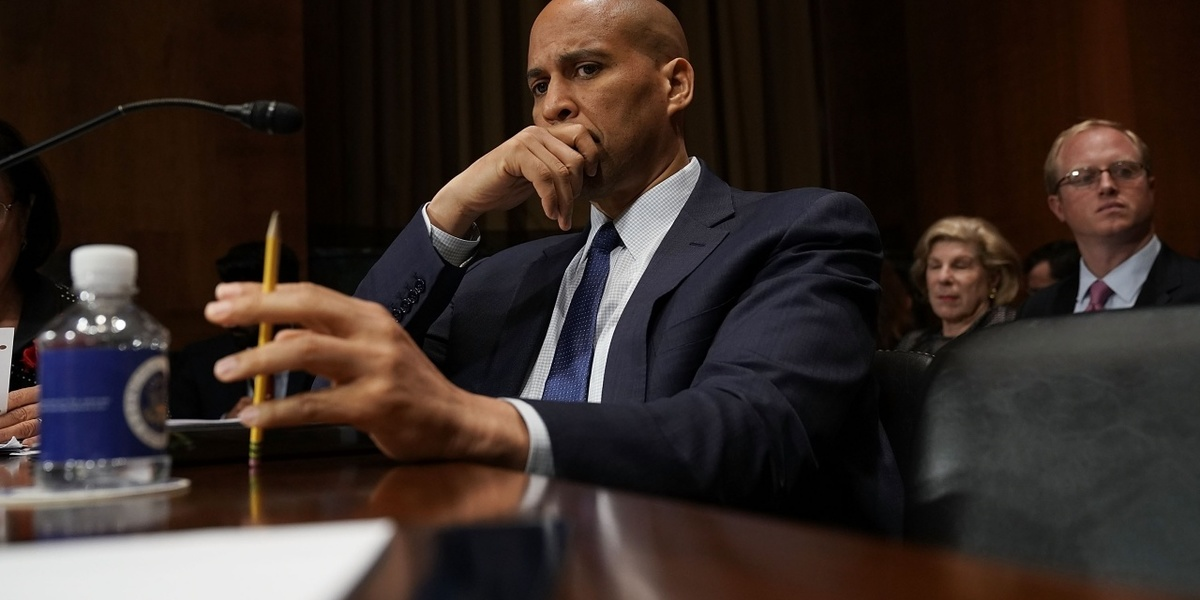 The Dems should just skip the primaries and name Spartacus the nominee