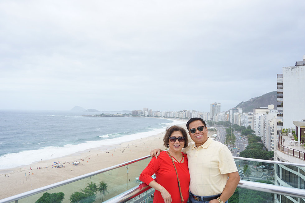United employee and wife on Sao Conrado Beach