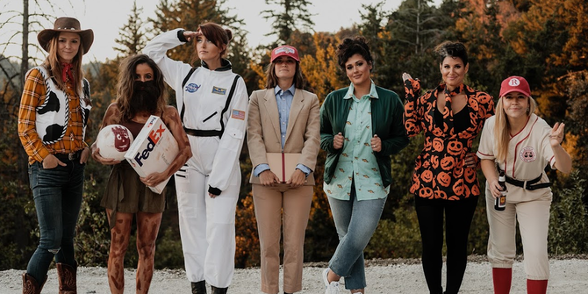 These Friends' Annual Group Costumes Are Taking Halloween To The Next Level