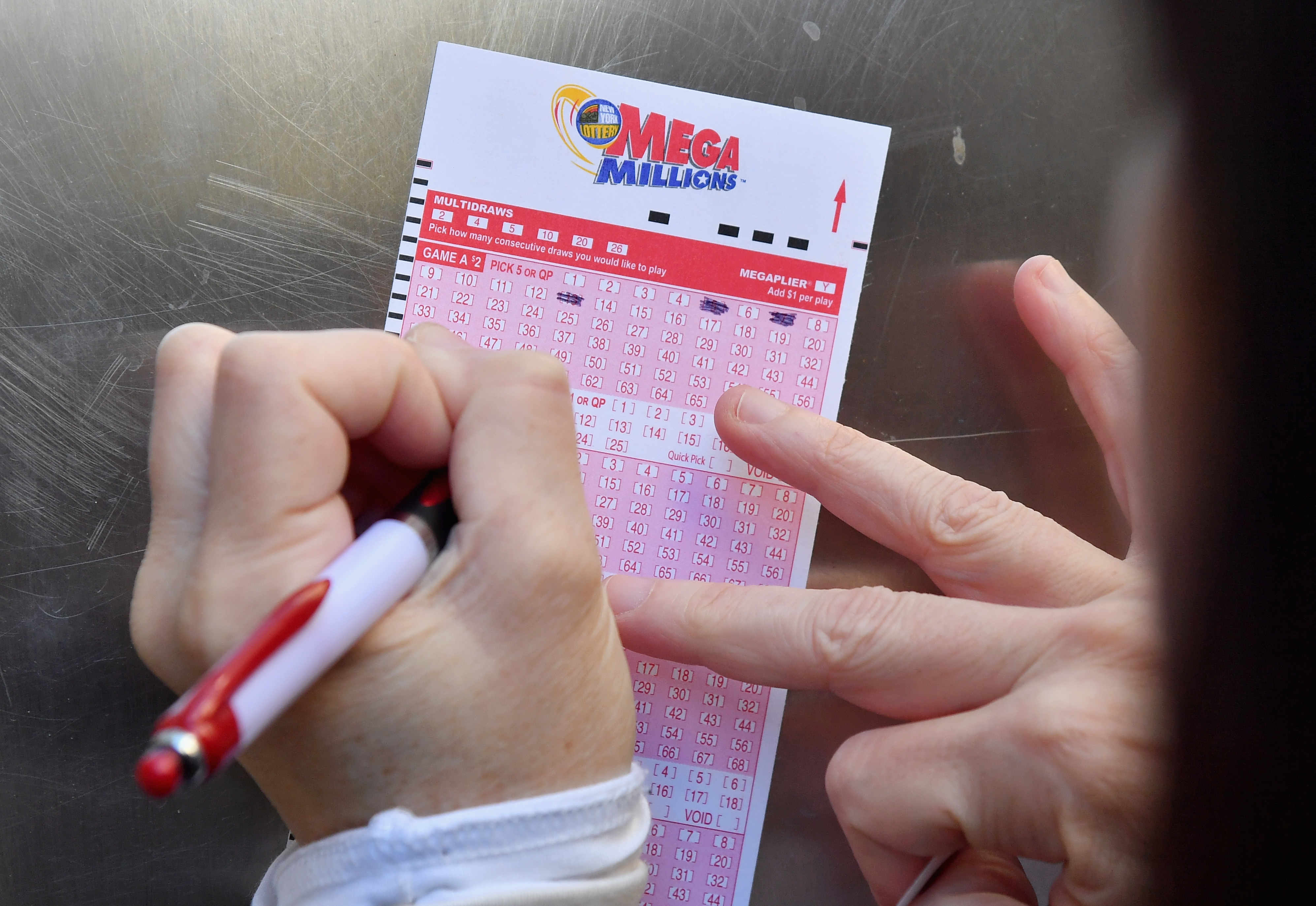 Want to win Mega Millions  $1.6 billion jackpot? Consider these 3 facts first.
