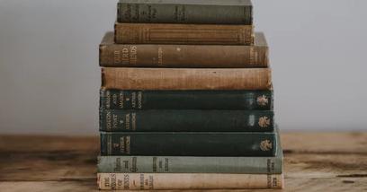 Unsplash- books
