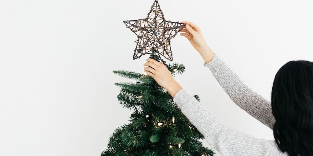 Yes, decorating for Christmas early *does* make people happy