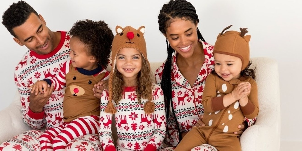 15 cozy matching family pajamas for the holidays
