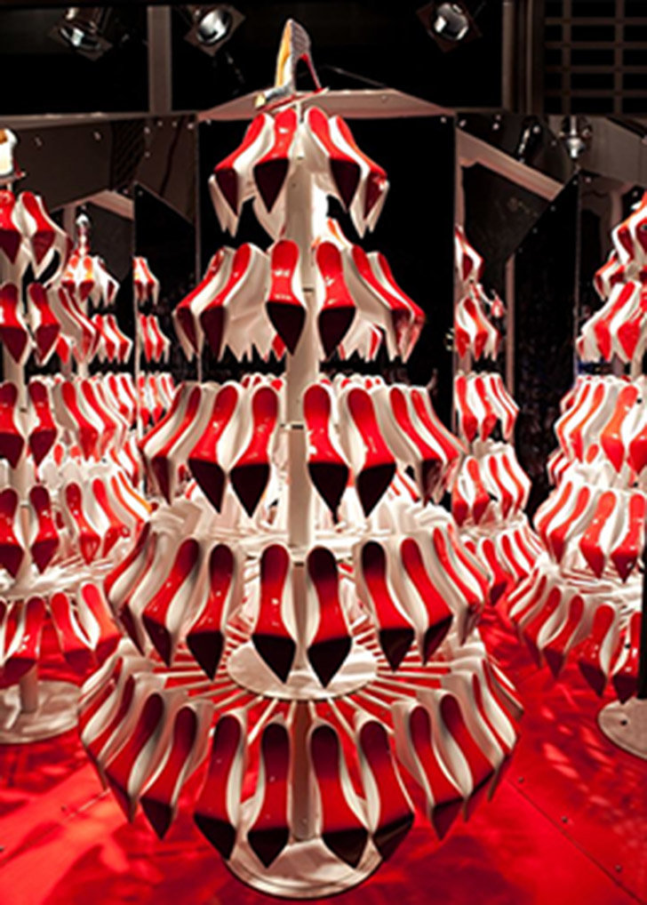 Christmas Shoe Tree.Craziest And Most Ridiculous Christmas Trees Ideas Osm Healthy