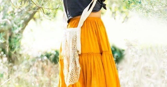 9526299d4104b2 Mamma Mia 2 Outfits Orange Skirt ✓ All About Costumes