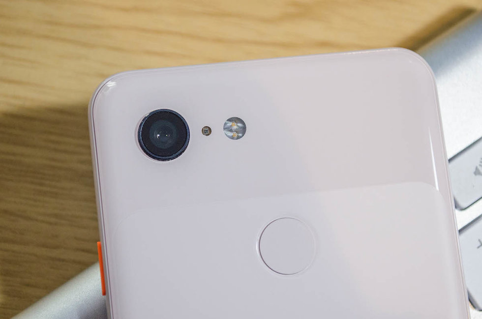 Picture of the Google Pixel 3 camera