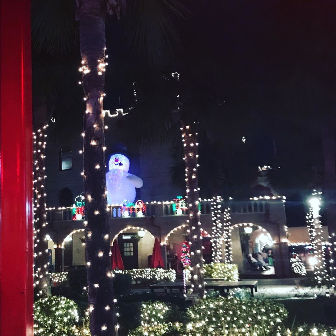 Hopeland Gardens Christmas Lights.The Most Dazzling Christmas Light Display In Each Southern